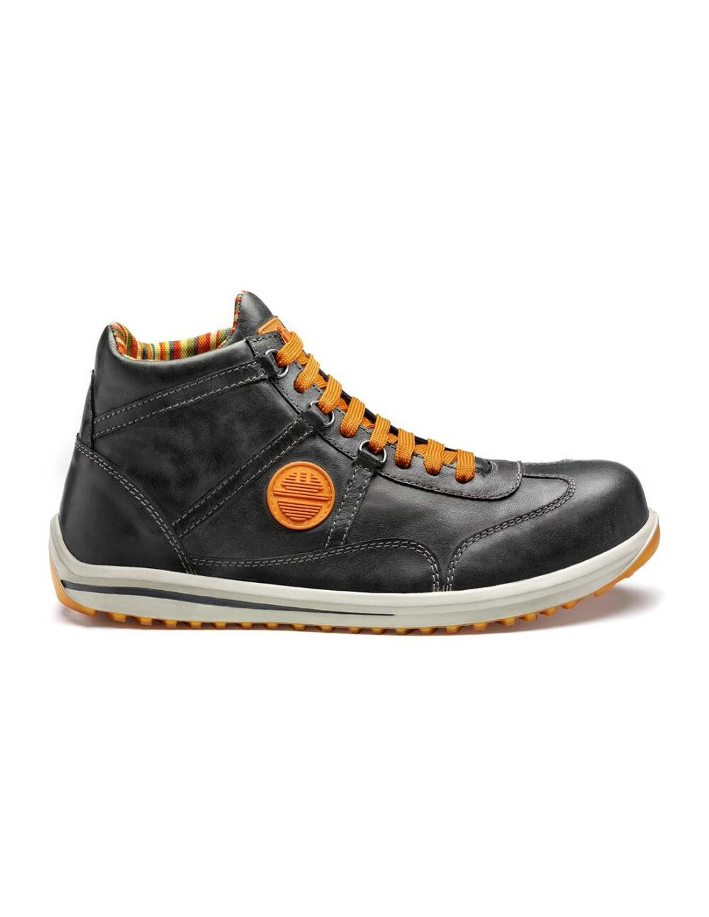 Stylish safety boot by by dike