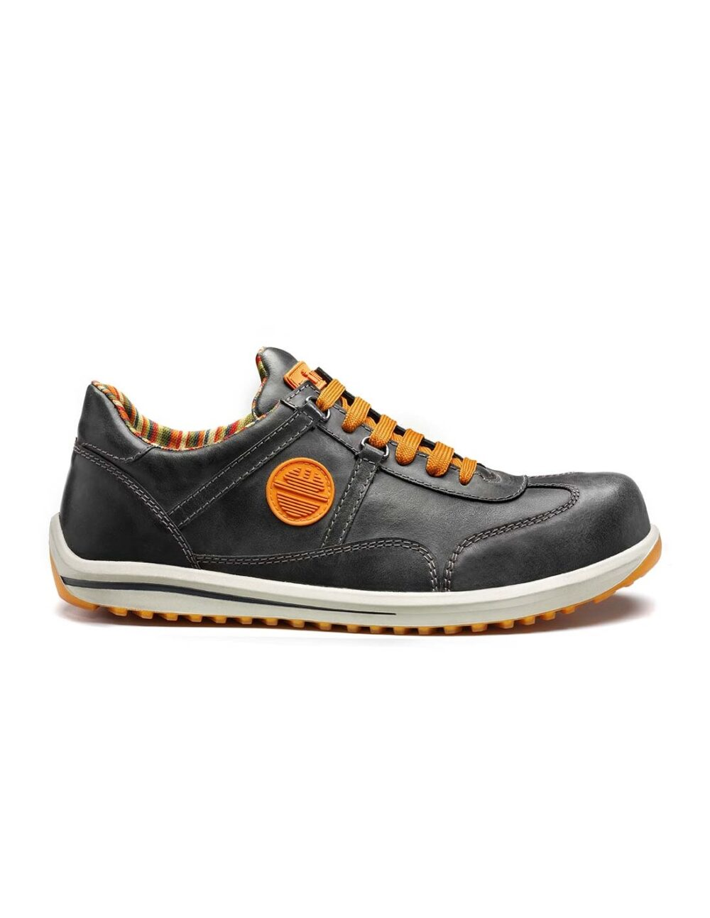 Raving Safety shoe in black by dike